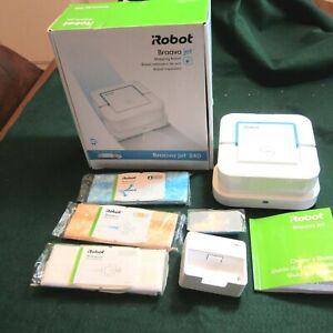 iROBOT BRAAVA JET 240 MOPPING ROBOT WITH PADS & BOOKLET IN ORIGINAL BX WORKING