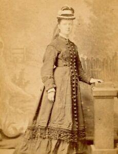 Antique CDV Carte De Visite Victorian lady Alfred Knighton Kettering Rhyl #19