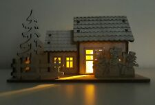 WOODEN LIGHT UP CHRISTMAS HOUSE & GARDEN WITH SNOW FAMILY, XMAS TREE & FENCE NEW