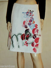 DESIGUAL skirt Size 36 cloths thick embroidered, embossed