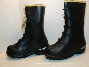 NEW La Crosse 5 buckle waterproof traction boots size 10M over the shoe