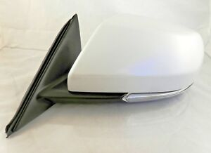 New OEM Power Mirror Driver Side 14-16 Cadillac ATS Sedan Heat Signal 23194163