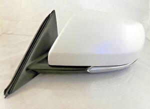 New OEM Power Mirror Driver Side 14-16 Cadillac ATS Sedan Heat Signal 23194163
