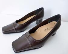 EASY STEPS Size 6.5 C Brown Leather Slip on Court Shoes Pumps Made In Australia