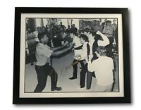 MUHAMMAD ALI W/ THE BEATLES SIGNED 30X40 COA ONLINE AUTHENTICS FRAMED AUTOGRAPH