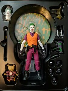 "MEZCO DC COMICS JOKER THE CLOWN PRINCE ONE:12 COLLECTIVE 6"" ACTION FIGURE"