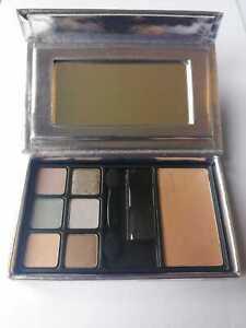 Elizabeth arden 6 eyeshadow Palette + Bronzing powder (Medium)