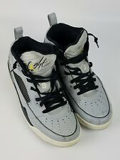 Nike Mens Flight Wolf Gray Vibrant Yellow Basketball Sneakers Sz 9