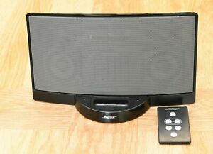 Bose SoundDock - used and in VGC - includes remote control