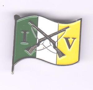 Irish Volunteers Crossed Rifles IRA Badge 1916-1921