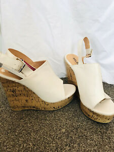 Size 6 Womans Wedge Shoes