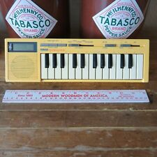 Vintage Yamaha HandySound HS-501 Keyboard Ser. No. 019033 Yellow