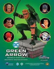 DC GALLERY GREEN ARROW PVC STATUE, NEW IN STOCK, UK SELLER