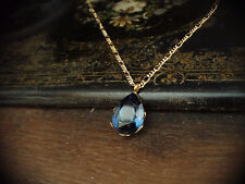 Elegant Vintage Montana Blue Crystal Teardrop Pendant Necklace Gold Plated