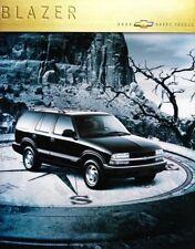 2000 00 Chevrolet Blazer original sales  brochure MINT