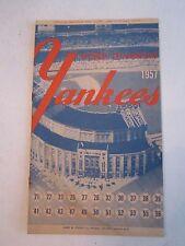 1957 YANKEES WORLD CHAMPIONS OFFICIAL PROGRAM & SCORE BOOK - NICE CONDIT.TUB BP