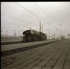 Eisenbahn Negativ DR Dampflok am Bahnsteig   ( 74
