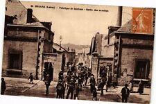 CPA BRIARE - La Fabrique de Boutons – sortie des ouvriers (212960)