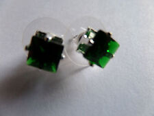 SMALL SQUARE GREEN STONE SET IN SILVER CLAW STUD EARRINGS new gift pouch