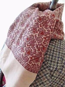 """VINTAGE mens 70's MOD/IINDIE LILAC PAISLEY RETRO LONG SCARF FRAY ENDS 10 x 43"""""""