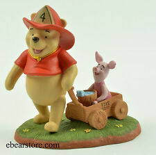 Disney Pooh and Friends It`s a helpful sort of day #29002 NIB