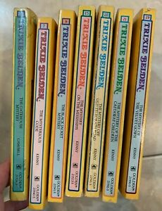 Lot of Trixie Belden paperback - yellow square