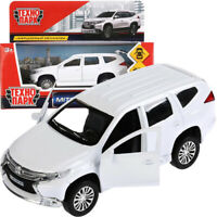 Mitsubishi Pajero Sport Diecast Model Car Scale 1:36
