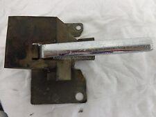 1987 CHEVY C20 Left Front Interior Door Handle Driver Side 15597653 86 85 81 84