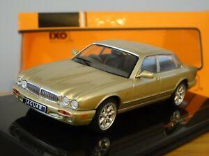 IXO VANGUARDS JAGUAR XJ8 XJ SALOON X308 GOLD SAND 1998 CAR MODEL CLC346N 1:43