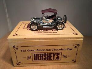HERSHEY'S 1914 CHEVY DIE CAST ROADSTER in WOODEN BOX - ERTL #F299