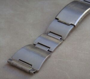 Vintage Stainless Steel Bracelet with Adjustable Lug Width 16mm - 20mm