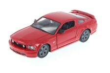 "Maisto 2006 Ford Mustang GT 1:24 scale 8"" diecast CAR model RED"