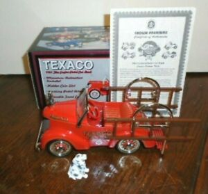 RARE NEW TEXACO 1997 CROWN PREMIUMS GARTON 1941 FIRE ENGINE PEDAL CAR, 500 MADE