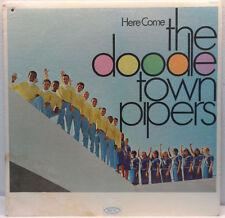 Doodle Town Pipers - Here Come The Doodletown Pipers LP Beatles Dylan Covers 66
