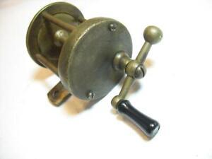 unknown little brass old fishing reel
