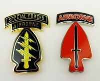 2 TYPES U.S. ARMY SPECIAL FORCES COMMAND AIRBORNE BADGE PIN-0575