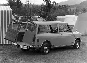 Mini Classic Austin Mini - Morris Mini - 1960 photograph photo press photo