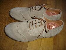 Coque Terra  Chaussures cuir daim Taille 40 neuf Ref : 14