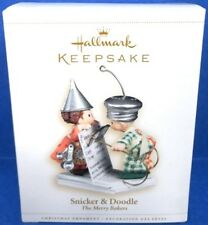 2006 Snicker and Doodle Hallmark The Merry Bakers Retired Ornament