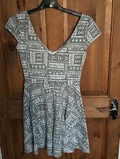 Ladies Grey & White Hollister Dress - Size Small
