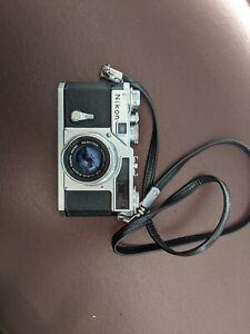Nikon SP 35mm w/ Nikkor hc 50mm f2