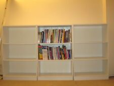 Beautiful White Bookcases in Pristine Condiition Free lamp if avaiable)