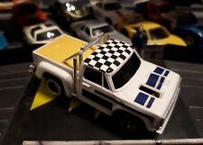 TCR Pick up blanc et bleu (voiture bouchon) chassis mk2 révisé