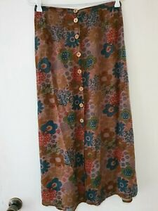 Tree Of Life Retro Button Skirt Size Small (Matching Top Also Listed)