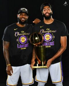 LOS ANGELES LAKERS WIN 2020 NBA CHAMPIONSHIP  8X10 PHOTO W/BORDERS