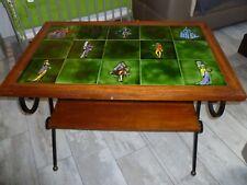 """Vallauris """"La roue"""" Petite Table carreaux céramique vert motif figures TBE !!!"""