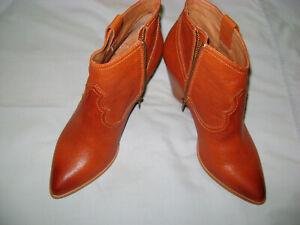 Frye Women's Reina Pointed Toe Western Booties Cognac Leather, NEW