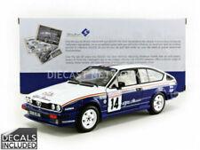 Voitures, camions et fourgons miniatures bleus Alfa Romeo