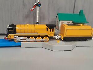 Murdoch & Tender Tomy Thomas & Friends Trackmaster Motorized Train