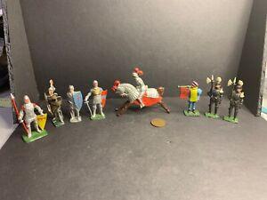 8 Vintage Lead Figures, Knights, Crusaders, Made in England, Britains?